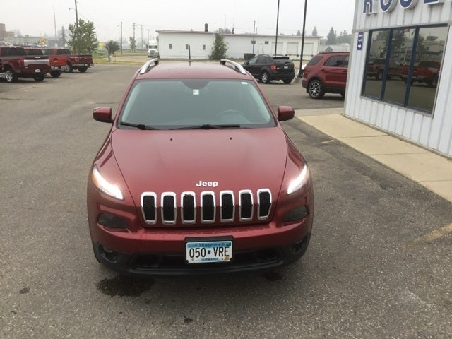 Used 2016 Jeep Cherokee Latitude with VIN 1C4PJMCS1GW373510 for sale in Roseau, Minnesota